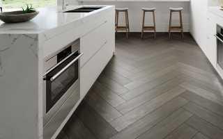 Зонирование пространства: комбинированные полы для кухонь и прихожих