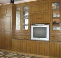 Как можно обновить старую мебельную стенку