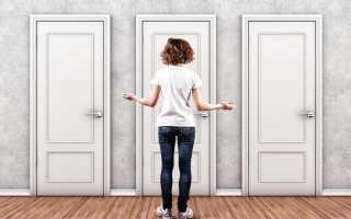 Как украсить стекло на двери своими руками