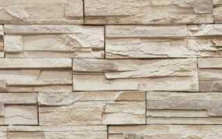 Как совместить обои и декоративный камень