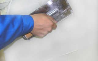 Как наносить раствор на потолок и стены с помощью различных инструментов