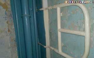 Крепление водяного, электрического и комбинированного полотенцесушителя к стене