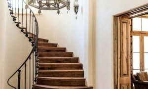Перила для лестниц: разновидности и особенности изделий