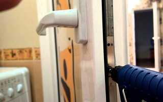 Не закрывается пластиковая балконная дверь: как устранить неполадки