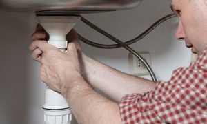 Сборка и установка сифона для мойки на кухне